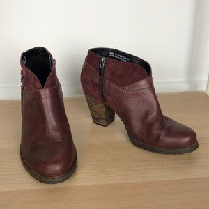 CLARKS cranberry red leather heeled zip up booties